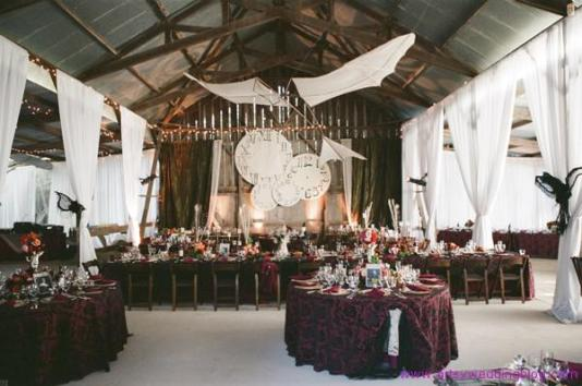 rock-your-steampunk-themed-wedding-L-RkKjOE