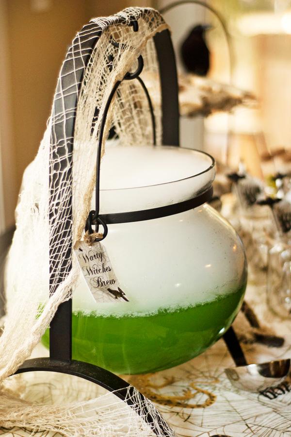 green-halloween-drink