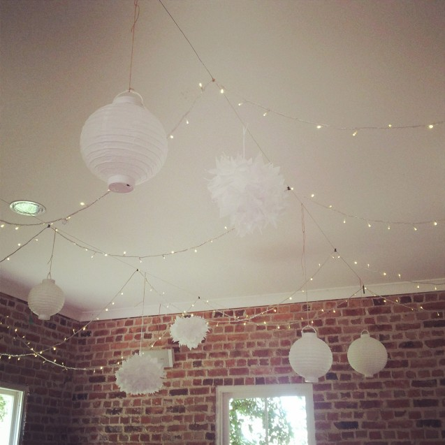 White paper ball lanterns