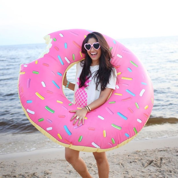 inflatable_donut