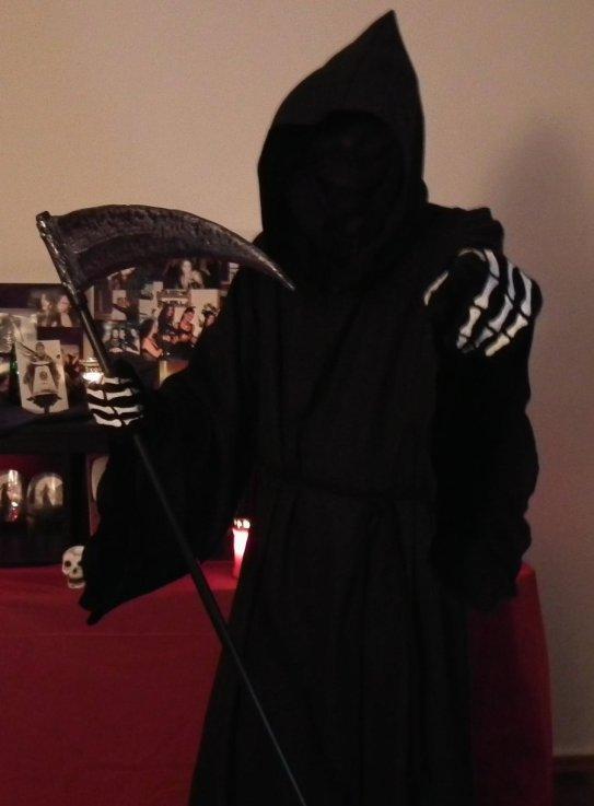 death_costume_by_junkey-d4n5sq2