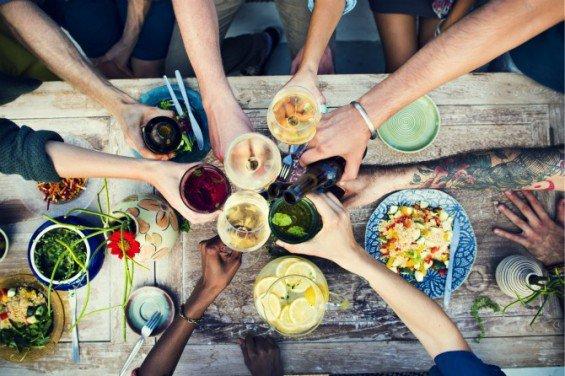 friends-dinner-party-feature-565x376.jpg