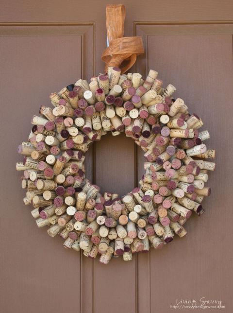 54ff37d1ca182-ghk-wine-cork-crafts-wreath-s2