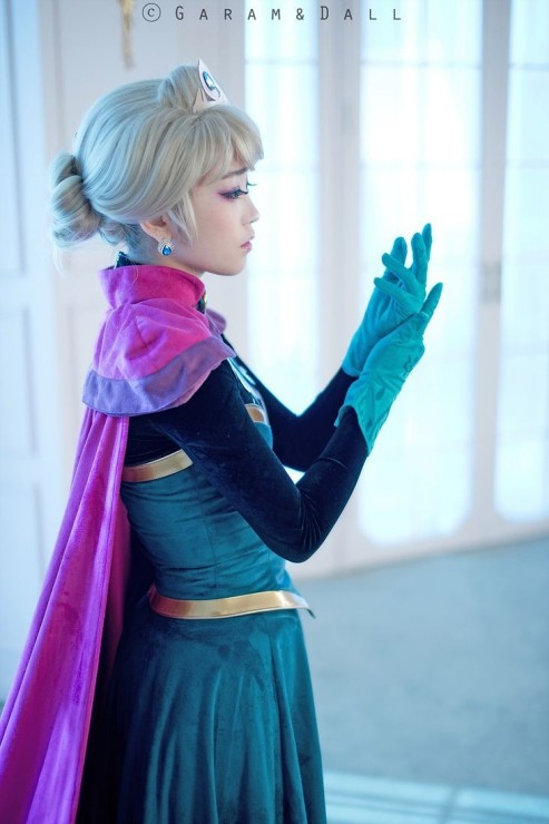 halloween elsa costume 2014 - coronate dress. gloves crown-f08326.jpg