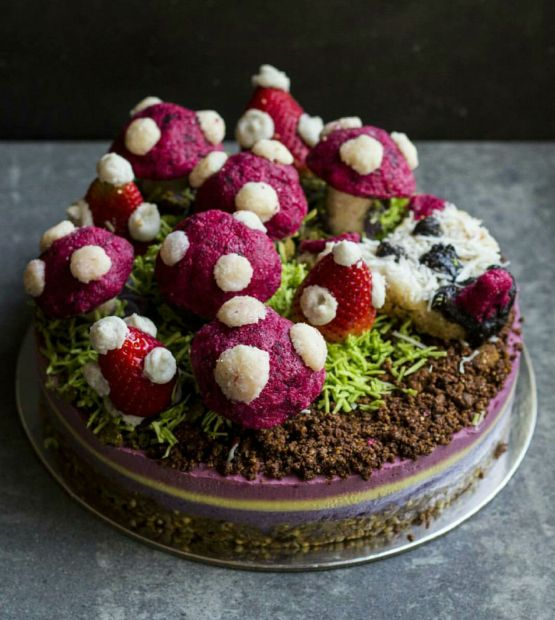 woodland-vegan-cake