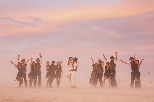 epic-Burning-Man-wedding_MichelleAndDamien-84-640x426.jpg