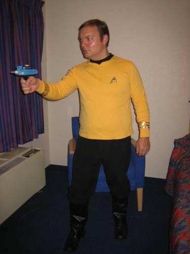 captain-kirk-costume-4