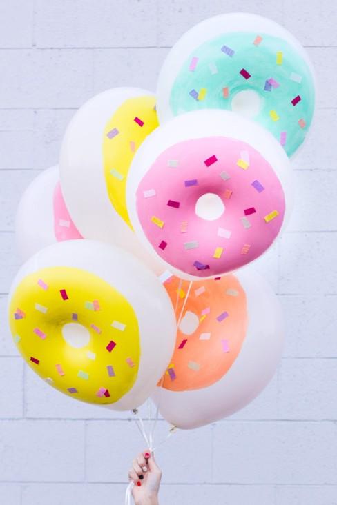 DIY-Donut-Balloons6-600x900.jpg