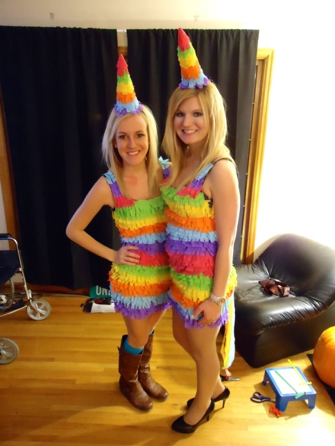 e639f9297a464ea56c724f6139b41824--costumes-for-halloween-party-costumes.jpg