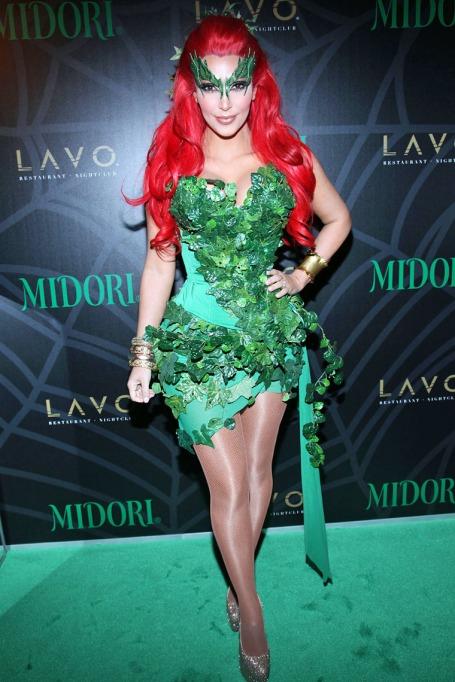 kim-kardashian-poison-ivy-costume-1031-04.jpg