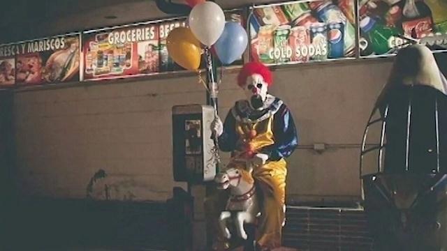 41944358-clown-sightings-jpg